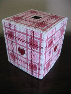 Shades of Pink tissue box cover- plastic canvas