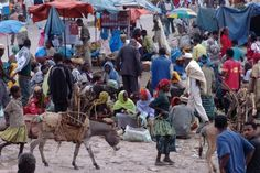 Pictures of Africa: Typical Market in Ethiopia