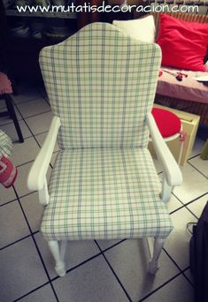 cómo-tapizar-butaca-rústica Diy Crafts, Chair, Furniture, Home Decor, Interior Ideas, Porches, Chair Upholstery, Chairs, Dining Chair Covers
