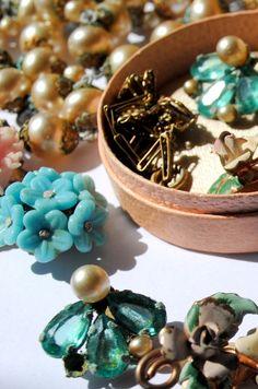 vintage bijuterias