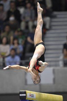 Flexibility Dance, Gymnastics Flexibility, Gymnastics Poses, Amazing Gymnastics, Gymnastics Photography, Gymnastics Pictures, Sport Gymnastics, Artistic Gymnastics, Olympic Gymnastics