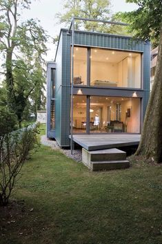 45 Shipping Container Homes That Are Beautiful and Feel Like Home - Container house Shipping Container Home Designs, Shipping Containers, Shipping Container Cabin, Shipping Container Interior, Shipping Container Buildings, Building A Container Home, Tiny Container House, Container Van, Prefab Container Homes