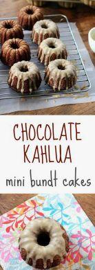 Chocolate Kahlua Mini Bundt Cakes via Kahlua Cake, Mini Desserts, Delicious Desserts, Polish Desserts, Individual Desserts, Plated Desserts, Cupcake Recipes, Cupcake Cakes, Snacks