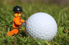 Golf is one of the most popular games in the world, played by a wide range of people from weekend warriors trying to relax on Sundays, or competition. Best Golf Cart, Golf Push Cart, Best Golf Clubs, Golf Carts, Golf Websites, Most Popular Games, Funny Toys, Happy Weekend, Golf Tips