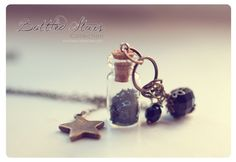 Big star Glass Bottle necklace with glitter stars. от 13thPsyche, €9.99