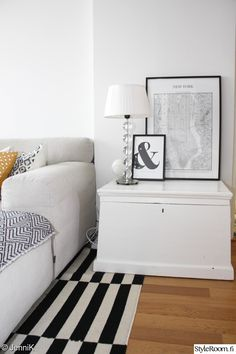 olohuone,arkkupöytä,pentik valaisin,desenio