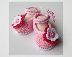 Chaussons en coton mélangé rose et blanc : Mode Bébé par natharose