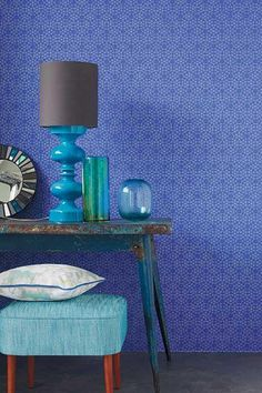 This #geometric design is a gorgeous #blue wallpaper design