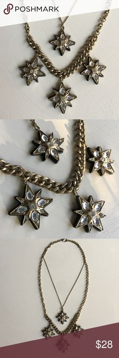 ⭐️Star Studded Antiqued Brass Statement Necklace⭐️ ⭐️Star Studded Double Strand Statement Necklace ⭐️Brand new Boutique item!⭐️Antiqued Brass chains⭐️One thicker, one dainty⭐️4 crystal glass bling brass stars⭐️ Jewelry Necklaces