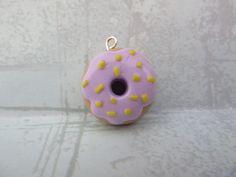 Yummy Doughnut Charm Diy Clay, Clay Charms, Clay Ideas, Cute Food, Doughnut, Charmed, Clay