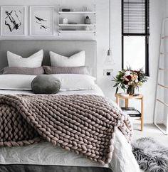 """640 Likes, 5 Comments - Decoramundo (@decoramundo) on Instagram: """"Com certeza uma noite com ótimos sonhos nesse quarto lindo via @casa_casada. Adorei a Inspiration…"""""""