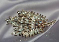 Vintage Bridal Rhinestone Brooch/Haircomb by ButterflyEffectInc