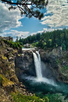 Snoqualmie Falls by ruefy, via Flickr