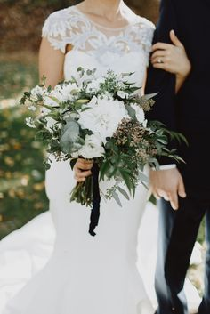 Shannon's Bridal bouquet by The Rustic Bunch featured on The Knot 10.25.2014 Shannon & Jason Reading Art Works