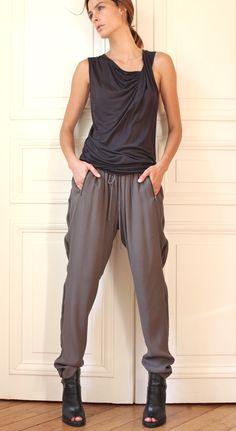 NUE 19.04 - PANONG pantalon crepe http://www.nue1904.com/crbst_217.html