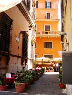 la rue d'Italie Rue, Vacation, Explore, Italy, Vacations, Holidays Music, Holidays, Exploring