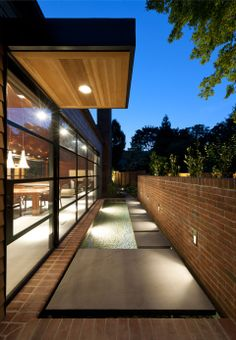 308 Mulberry St. by Robert Gurney Architect