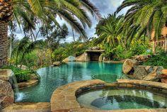 New swimming pool patio ideas palm trees ideas Mini Piscina, Living Pool, Tropical Backyard, Backyard Pools, Pool Decks, Pool Landscaping, Lagoon Pool, Mermaid Lagoon, Mini Pool