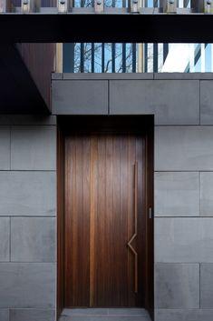 Ideas Door Modern Entrance Landscaping For 2019 Flush Door Design, Main Door Design, Wooden Door Design, Front Door Design, Bedroom Door Design, Door Design Interior, Flush Doors, House Entrance, Modern Entrance Door