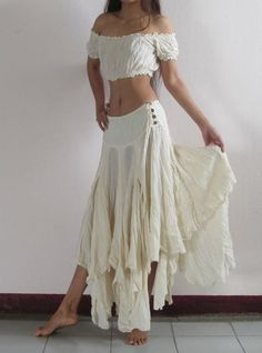 Hippie Style, Look Hippie Chic, Mode Hippie, Bohemian Style, Gypsy Style, Bohemian Skirt, 70s Hippie, Hippie Vibes, Dance Outfits