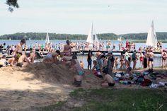 Oferta obozów i kolonii dla dzieci i młodzieży. Obóz konny, żeglarski, rekreacyjny, windsurfingowy, kolonia dla maluchów, kurs na żeglarza jachtowego. Serdecznie zapraszamy.
