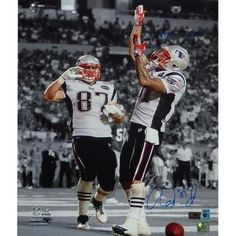 "Aaron Hernandez Autographed 16x20 Photo with ""Make It Rain!"" #SportsMemorabilia #NewEnglandPatriots"