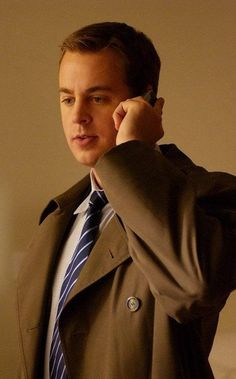 Timothy McGee is a key character on NCIS. He's played by actor Sean Murray. Ncis Rules, Ncis Gibbs Rules, Serie Ncis, Ncis Tv Series, Best Tv Shows, Favorite Tv Shows, Best Shows Ever, Favorite Things, Timothy Mcgee