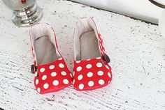 Daphne Women's Shoes PDF Pattern (Slippers) | I Think Sew