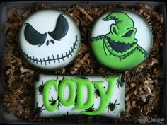 A little Halloween goodness to get your October started! Halloween Sweets, Halloween Goodies, Halloween Themes, Halloween Fun, Iced Cookies, Cute Cookies, Sugar Cookies, Sugar Cookie Royal Icing, Cookie Frosting