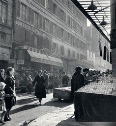 mimbeau: Rue de Buci - St Germain des Prés Paris 1957 Janine Niepce