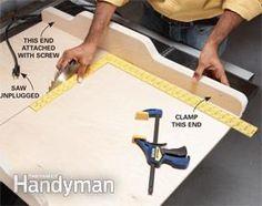 Table Saw Jigs: Build a Table Saw Sled – Woodworking Techniques Table Saw Crosscut Sled, Table Saw Sled, Table Saw Fence, Table Saw Jigs, Diy Table Saw, Router Table, Woodworking Techniques, Woodworking Jigs, Carpentry