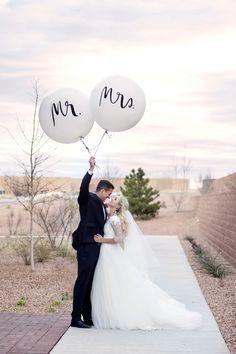 Wedding Balloons | Mr & Mrs Balloon Ideas | Outdoor venue
