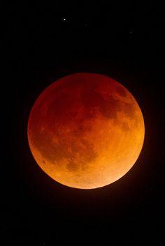 Total Lunar Eclipse, April 15, 2014