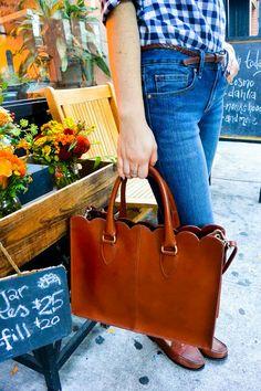 "Via @College Prepster ""my favorite scalloped bag"" (in #EastlandShoe Classic II…"