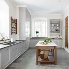 """The Karleby Rock Collection by Featured in a gorgeous century mansion in Sweden. Among the listed owners were royalty such as King Karl XIV Johan. """"A real Classic has come home. Would you like to see more of this kitchen? Kitchen And Bath, Diy Kitchen, Kitchen Dining, Kitchen Decor, Cottage Kitchens, Home Kitchens, Layout Design, Swedish Kitchen, European Kitchens"""