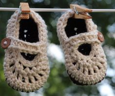 #handmade baby booties #etsy @etsy custom order available at http://www.etsy.com/shop/jackjackdesigns?ref=si_shop #baby