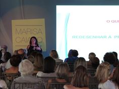 """""""Gagá?? Nem Pensar"""" A consultora e especialista em Administração de Recursos Humanos e Desenvolvimento Organizacional, Marisa Caiado Castro, fez uma palestra e o lançamento do livro de sua autoria """"Gagá?? Nem Pensar – Redesenhe o seu futuro: longo, saudável, lúcido e feliz"""" durante a ExpoLondrina 2016, no Parque Ney Braga. - See more at: http://www.expolondrina2016.com.br/noticia/34/autora-lancara-livro-sobre-longevidade--lucidez-e-felicidade-na"""