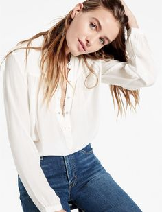 Lucky Brand Partial Button Down Shirt Kendall Jenner Style, White Shirts, Summer Shirts, Cool Shirts, Fashion Outfits, Fashion Trends, Lucky Brand, Vintage Inspired, Looks Great