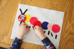 Quiet-activities-for-toddlers-felt-caterpillar.jpg (650×433)