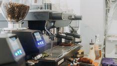 Công suất hoạt động mạnh mẽ, độ ổn định cao cùng chất lượng chiết xuất Espresso tiêu chuẩn được gói gọn hoàn toàn trong một cỗ máy nhỏ xinh, thiết kế hiện đại, mang phong cách tối giản, lịch lãm của Sanremo ZOE. Coffee Machines, Espresso Machine, Vietnam, Coffee Maker, Espresso Coffee Machine, Coffee Maker Machine, Coffee Percolator, Coffee Making Machine, Coffeemaker