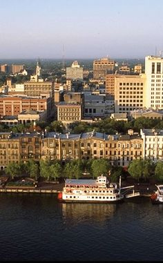 Savannah Historic District | Travel | Vacation Ideas | Road Trip | Places to Visit | Savannah | GA | Architectural Site | Historic Site