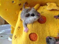 Купить Мышиный рай - жёлтый, сыр, мыши, сумка в виде сыра, сумка с мышами