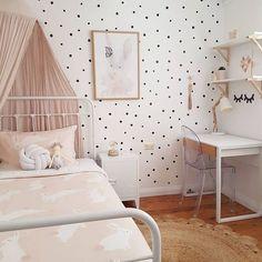 Beautiful blush rooms http://petitandsmall.com/beautiful-blush-kids-rooms/