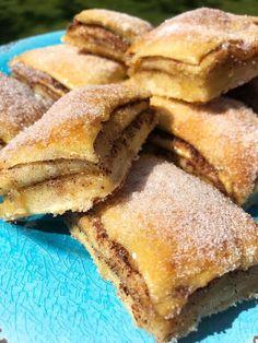 food recipes - Kanelbullar i långpanna (Kryddburken) Baking Recipes, Cake Recipes, Dessert Recipes, Swedish Recipes, Sweet Recipes, Tasty, Yummy Food, Bagan, Food Cakes