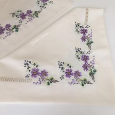 A great service for vi Towel Embroidery, Embroidery Needles, Cross Stitch Embroidery, Embroidery Patterns, Machine Embroidery, Cross Stitch Borders, Cross Stitch Flowers, Cross Stitch Designs, Cross Stitch Patterns