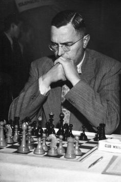 Max Euwe, World Chess Champion Chess Pieces, Game Pieces, Paul Morphy, Beryl Markham, History Of Chess, Bobby Fischer, Illinois, How To Play Chess, Chess Players