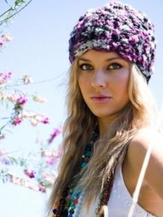 Bohemian Hairstyles - The bohemian attitude seems to become more and more popular as time passes. Many women decide to embrace their artistic side and to highlight their natural beauty with unique hairstyles that are an accurate expression of their bohemian nature. Discover the hairstyles that have become iconic for the bohemian movement.