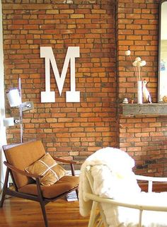 http://www.shelterness.com/45-ideas-to-decorate-interior-with-letters/