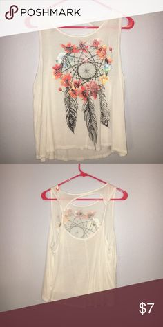 Dream catcher tank This tank is from agaci is super light weight. It has a cute circle cutout in the back ! Size small a'gaci Tops Tank Tops