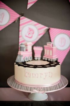 Girl Train Party Birthday Party Ideas | Photo 1 of 94